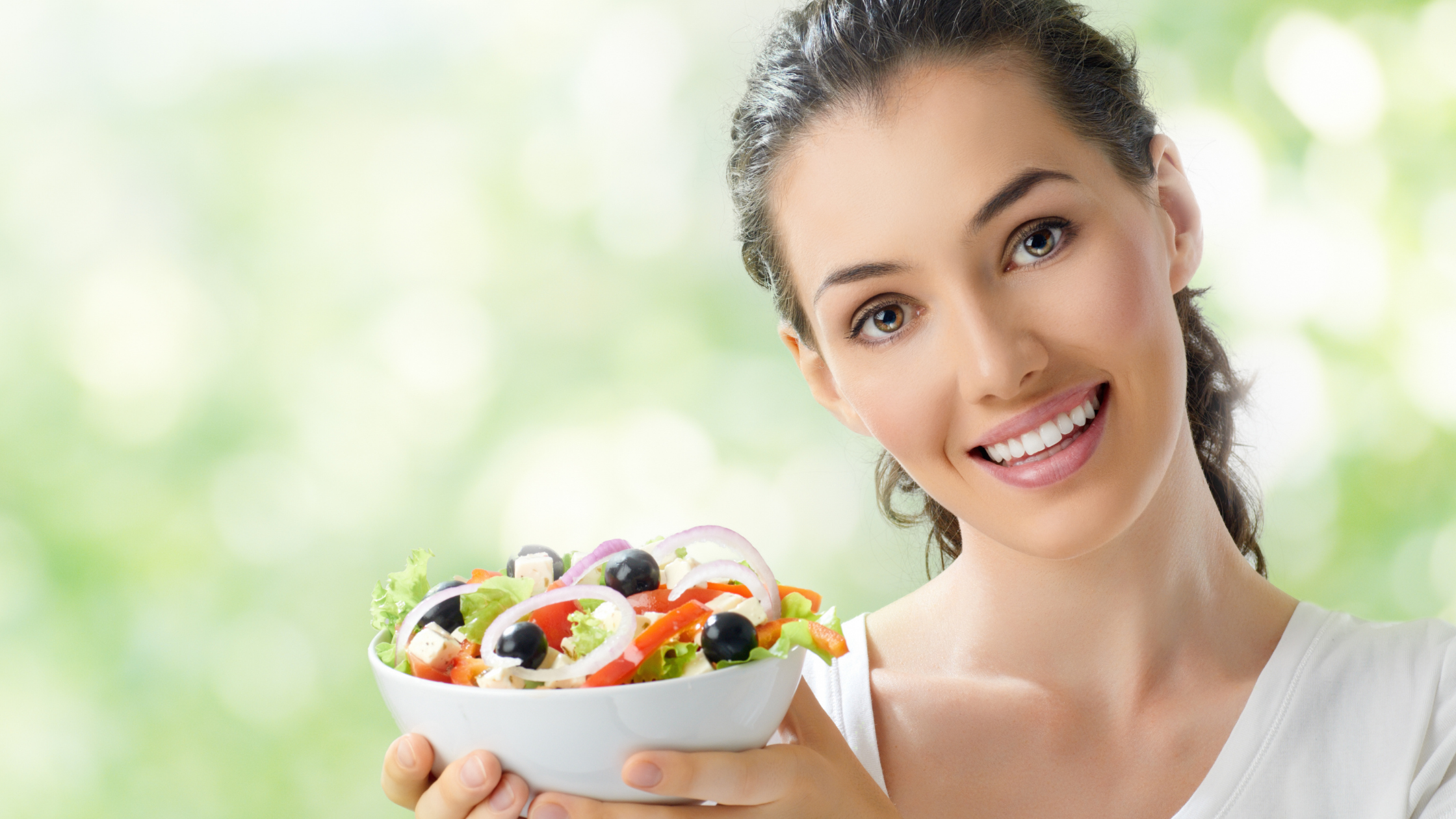 Women eat healthy food